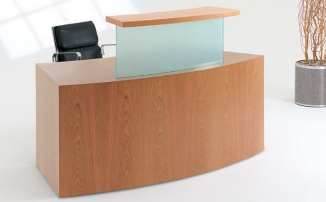 Evolution Classic Type 1 Curved Reception Desk in Beech with no Plinth