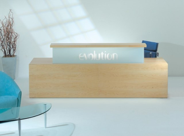 Evolution Classic Type 1 Straight Reception Desk in Maple with Blue Upstand